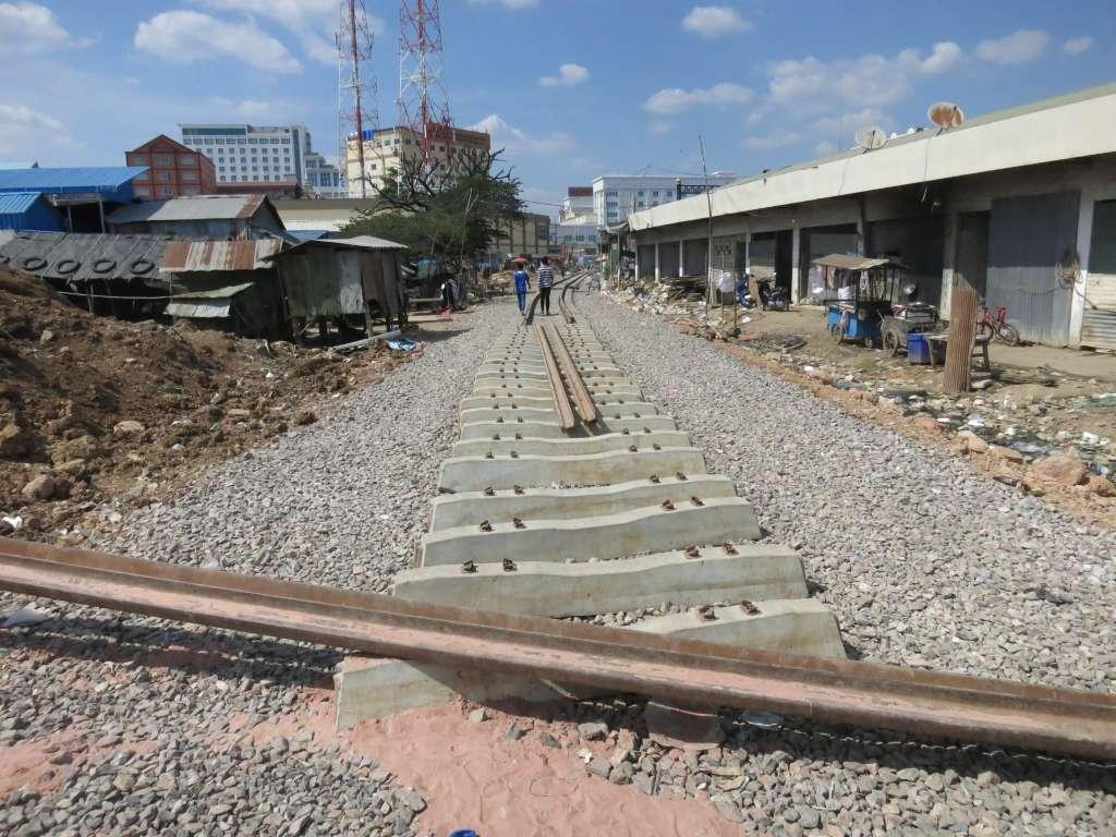 Poipet rebuilding the railroad